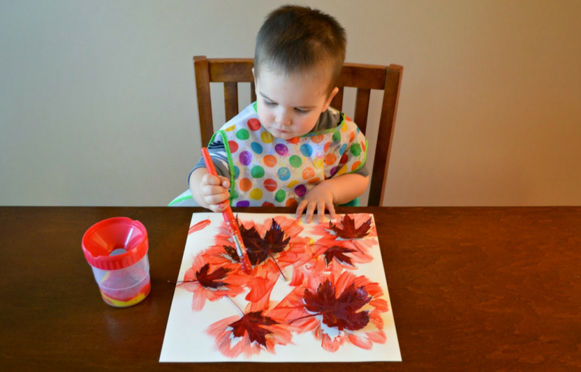 Perfect for preschoolers, the final product of this activity is a beautifully festive fall painting.