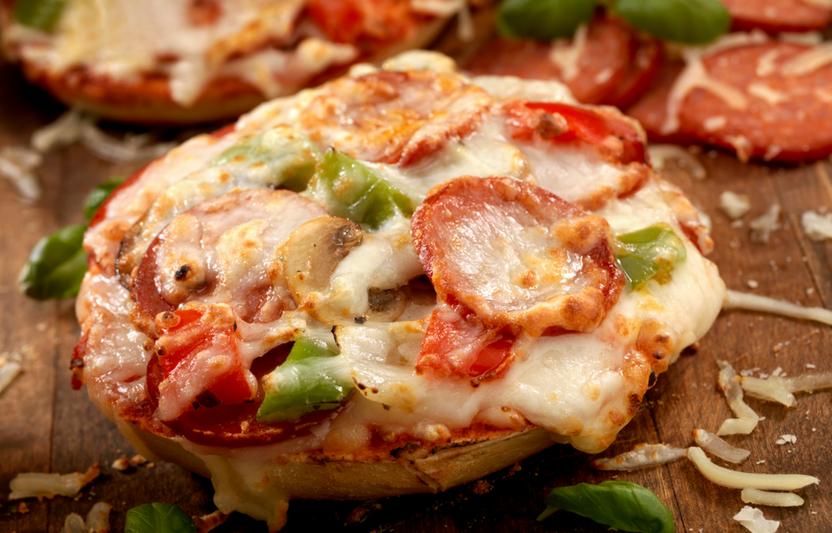 Mini-Pizza Bagels