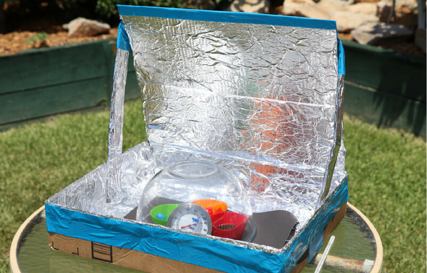"Build this ""solar oven"" with your little engineer, then use the sun's energy to make melted crayon crafts or even heat up a tasty summertime treat!"