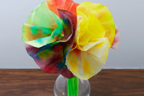 Coffee Filter Flowers | Bright bouquets to brighten anyone's day