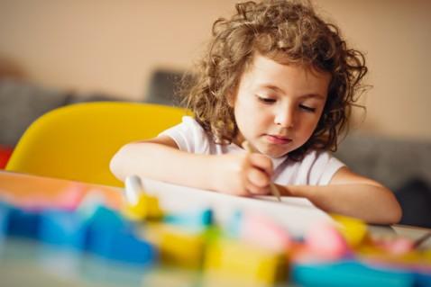 Developmental Skills Preschoolers Learn from Crafting