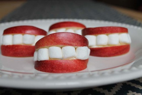 This fun treat will have your kids giggling until the last apple smile is gone.