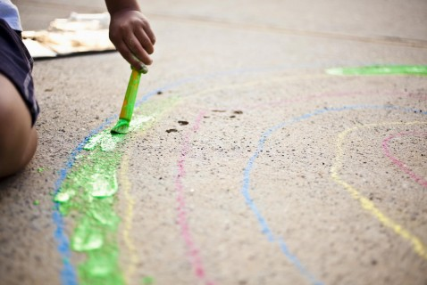 When paper isn't big enough for your little artist, move to the sidewalk. A set of these paints and a big chunk of pavement are all your kids need.