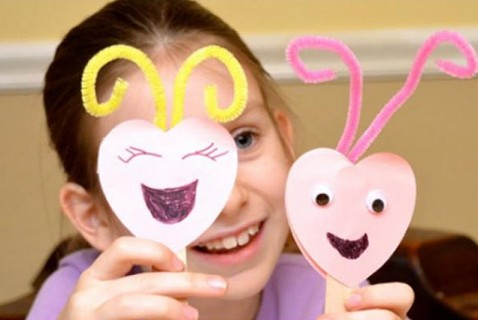 Love Bug Puppets for Valentine's Day