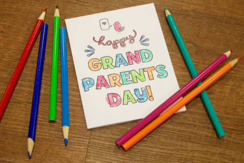 Download this free printable card that your kiddos can color and give to Grandma and Grandpa for Grandparent's Day!