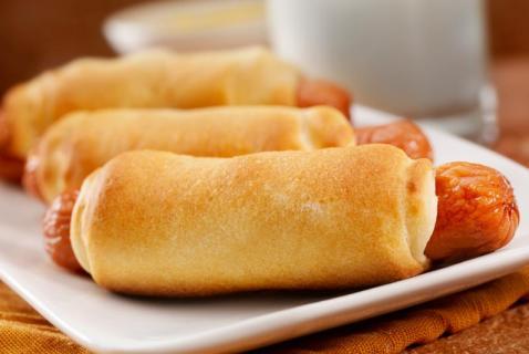 Pretzel Hot Dogs